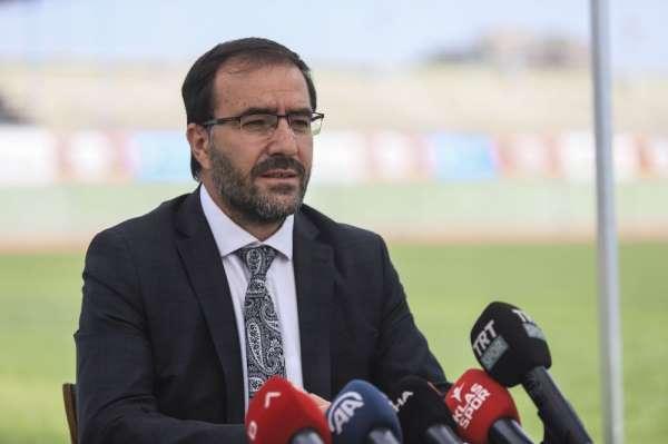 Fatih Çintimar: 'Türkiye'de atletizm liglerinde yabancı sporcu yarıştırmayacağız