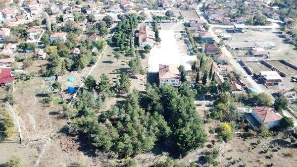 İmkânsızlıklar içerisinde imkân oluşturan köy okulu
