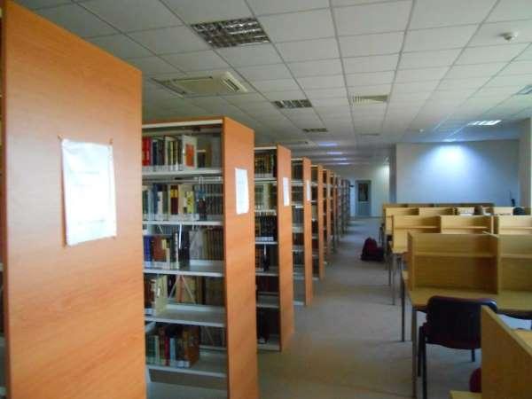 İnönü üniversitesi Kütüphanesi'ne Covid-19 ayarı