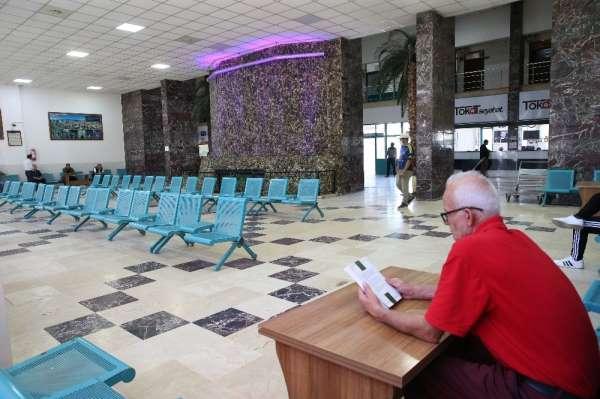 Şehirlerarası otobüs terminalinde normalleşme süreci