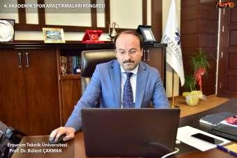 ETÜ Rektörü Prof. Dr. Bülent Çakmak Akademik Spor Araştırmaları Kongresi'ne katı