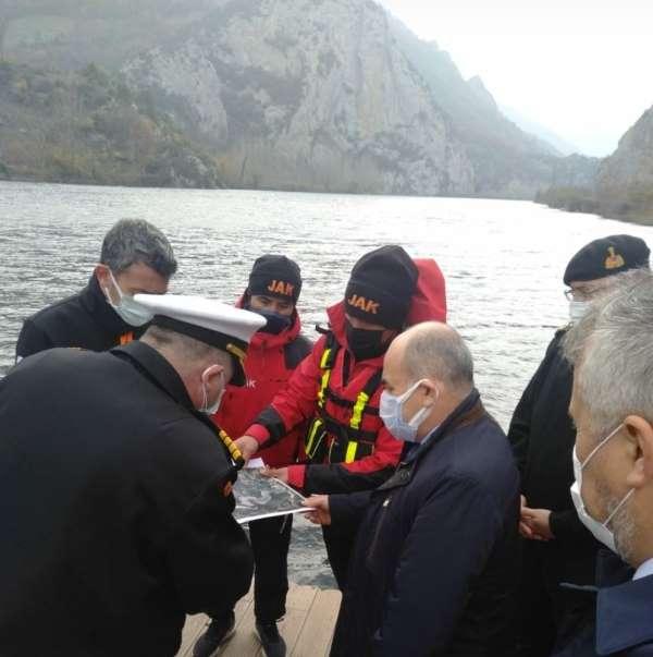 Samsun'da baraja atlayan kadın için devlet seferber