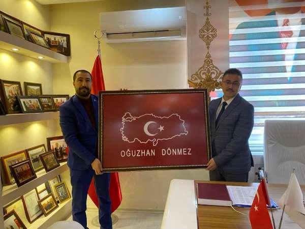 Başsavcı Oğuzhan Dönemez'den şehit ailesi federasyonuna ziyaret