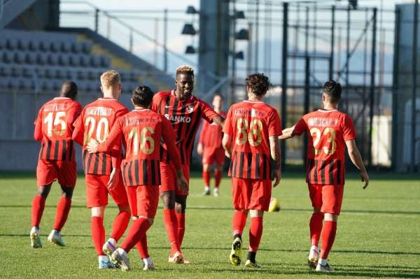 Gaziantep FK Menemen'i 3-1 mağlup etti