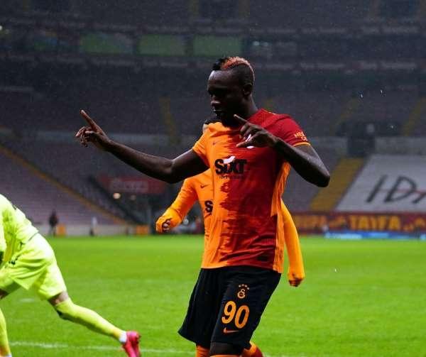 Mbaye Diagne 9. golünü attı