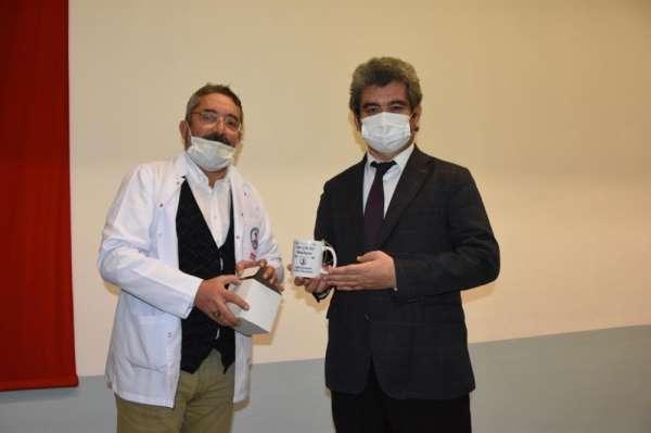 OMÜlü öğrencilerden sağlık çalışanlarına teşekkür