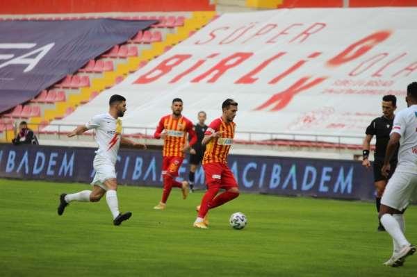 Süper Lig: Kayserispor: 1 - Yeni Malatyaspor: 0 (İlk Yarı)