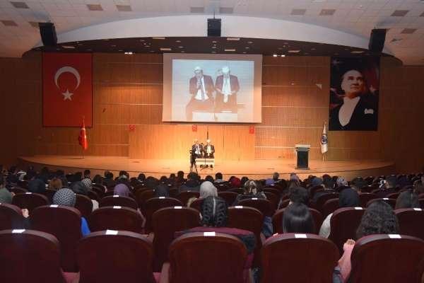 KMÜ'de 'İdlib şehitlerini anma programı düzenlendi