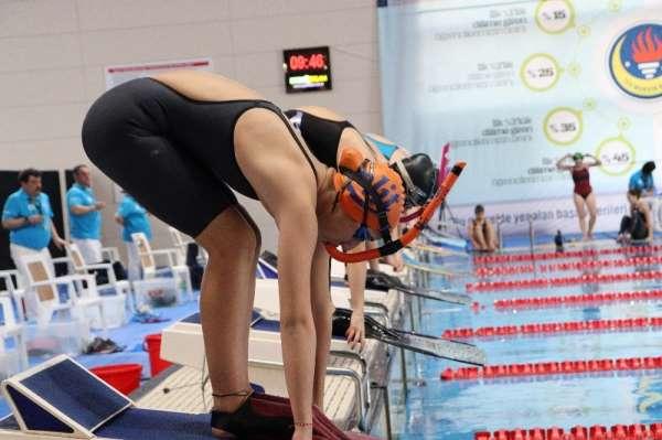 Mersin'de, Paletli Yüzme Şampiyonasında 5 Türkiye rekoru kırıldı