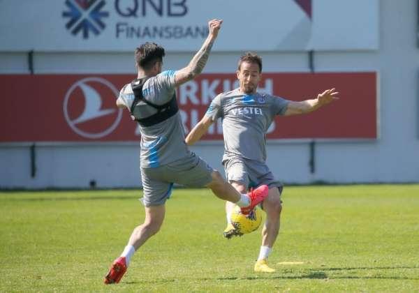 Trabzonspor'da Pereira ve Hosseini takımla çalıştı