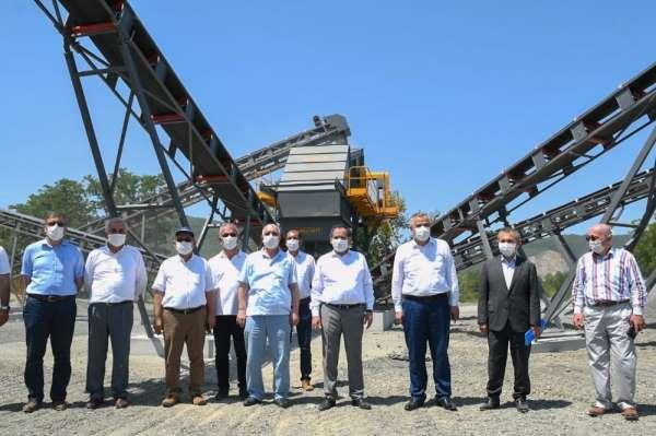 Başkan Demir: 'Hedefimiz alt yapıyı tamamen bitirmek'