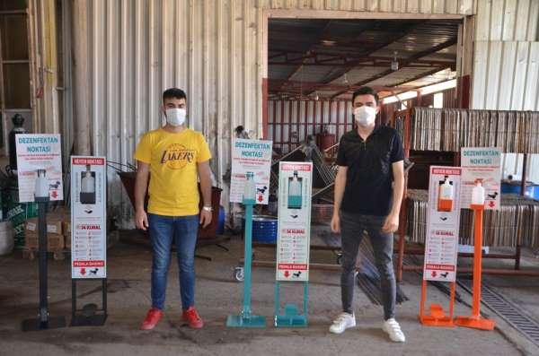 Gemlikli genç girişimcilerden pedallı dezenfektan
