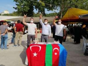 MHP'den vatandaşlara ücretsiz maske dağıtımı