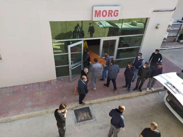 Antalyada 3 kişinin öldüğü kaza sonrası cenazeler teslim alındı