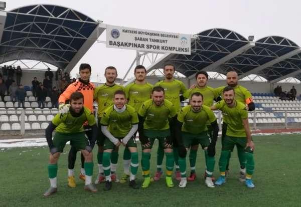 7 kırmızı kartın çıktığı maçta kazanan Başakpınar Belediyespor oldu