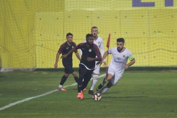 TFF 1. Lig: Menemenspor: 1 - Keçireöngücü: 1