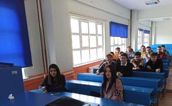 Üniversite öğrencilerine 'Teknik resim kursu'