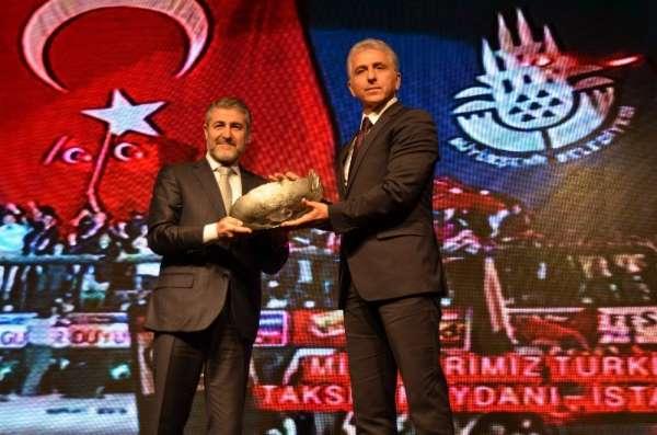 A Milli Takım'a, Türkiye'ye Değer Katan Marka ödülü verildi