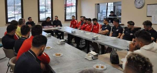 Başkan Hekimoğlu'na sürpriz doğum günü