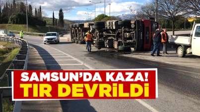 Samsun'da kaza! Tır devrildi