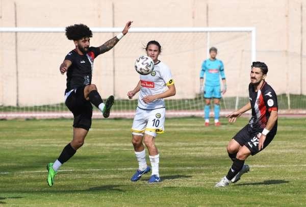 2. Lig: Tarsus İdman Yurdu: 2 - GMG Kastamonuspor: 0