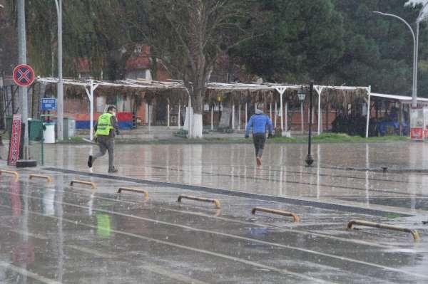Kuraklık tehlikesinin korkuttuğu Sinopta beklenen yağışlar başladı
