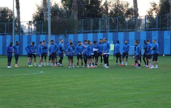 Cüneyt Dumlupınar: 'Adanaspor bizim için ebedi dost, ezeli rakip'