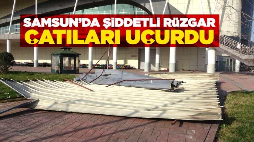 Samsun'da şiddetli rüzgar çatıları uçurdu!