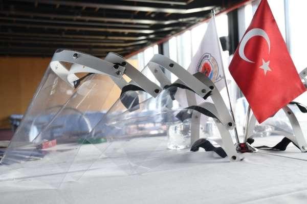 Samsun Büyükşehir'den 'siperlik maske'