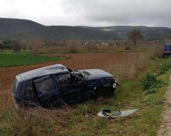Bilecikte trafik kazası; 1i çocuk 2 kişi yaralandı