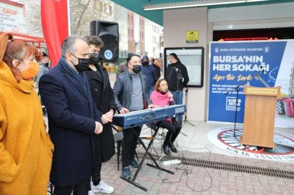 Bursada 60 sokak müzisyeni sanata başladı