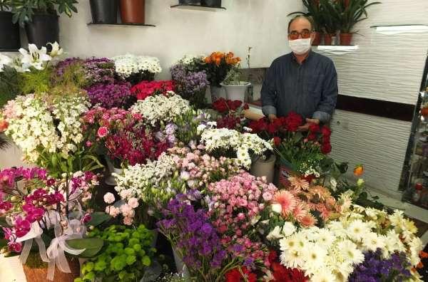 Çiçekçiler adrese teslim satışlardan memnun