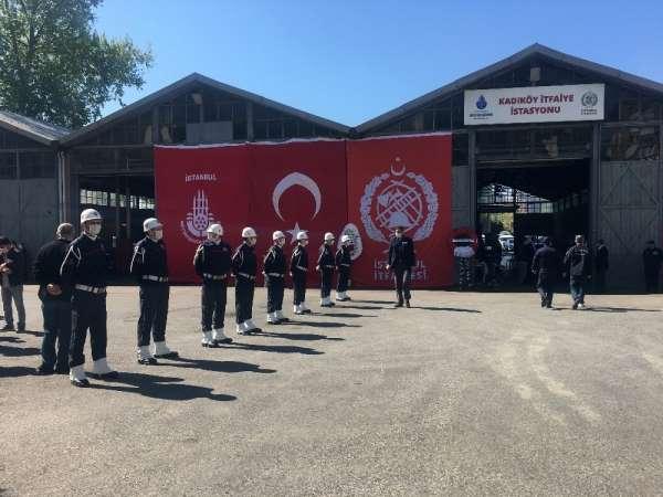 Kadıköy'deki feci kazada hayatını kaybeden itfaiye erleri için cenaze töreni düz