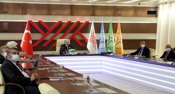 Anadolu Üniversitesine Yeşil Bayrak ve Engelsiz Program Nişanı ödülü