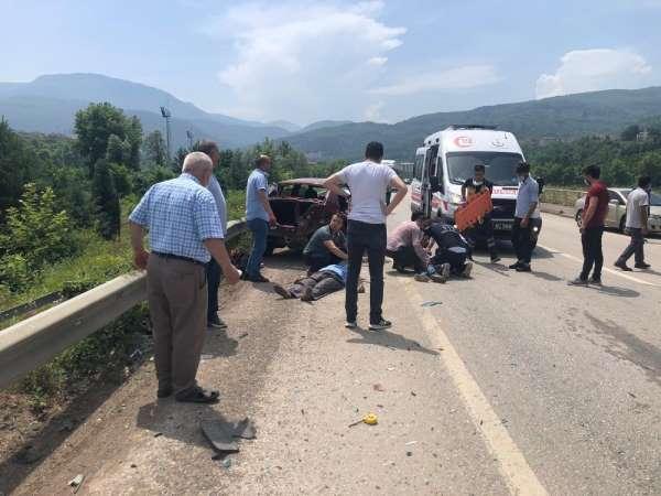Kazada yaralanan yaşlı adam hastanede öldü