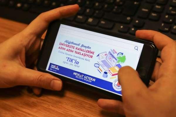 Üniversite adaylarına online destek