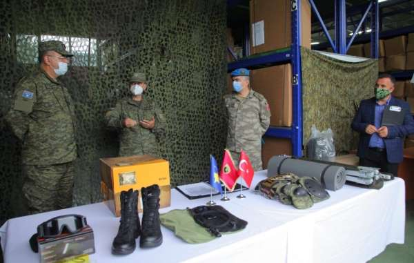 Türkiye'den Kosova ordusuna 742 bin 904 dolarlık ekipman bağışı
