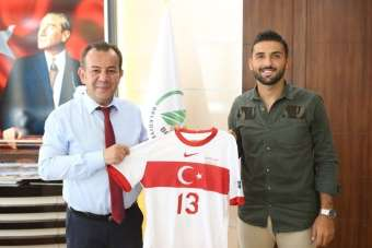 A Milli Futbolcu Umut Meraş'tan transfer açıklaması
