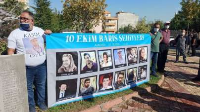 Ankara tren garındaki bombalı saldırıda ölen 103 kişi Malatya'da anıldı