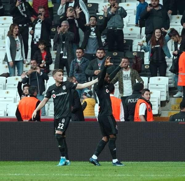 Beşiktaş evinde tam 1 yıldır kaybetmiyor