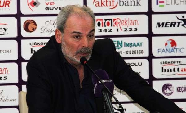 Engin İpekoğlu: 'Maalesef puanı hak edecek bir oyun ortaya koyamadık'