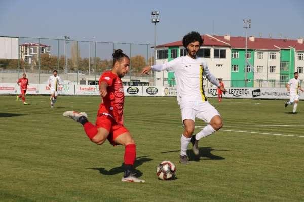 TFF 2. Lig: Sivas Belediyespor: 0 - Bayburt Özel İdare: 2