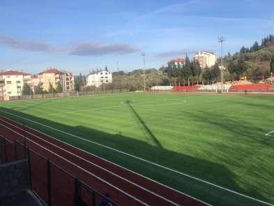Karamürsel Stadı yeni zeminine kavuştu