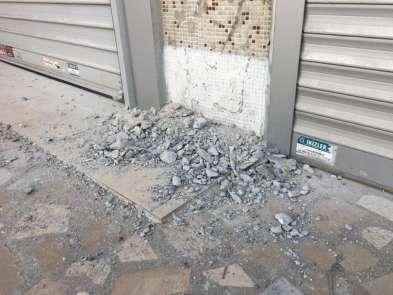 Kartal'da çöken binanın çevresindeki boşaltılan binalardan numune alındı