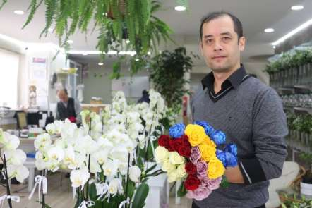 Durgun olan çiçekçilik sektörü 14 Şubat'ı dört gözle bekliyor