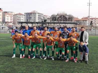 Yeşilyurt Belediyespor şampiyonluk yarışını sürdürüyor