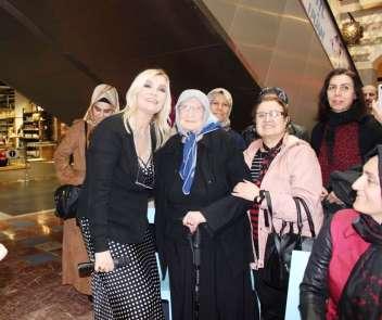 Derya Baykal Diyarbakırlı kadınlarla buluştu