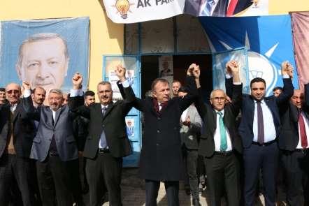 AK Parti'den Düvenci seçim bürosu açıldı