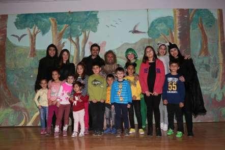 'La Fonten Orman Mahkemesinde' çocuklarla buluştu