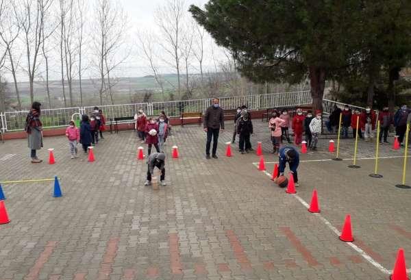 Alaçamda okullarda spor şenliği